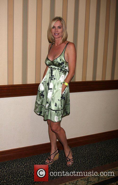 Eileen Davidson The Young & the Restless Fan...