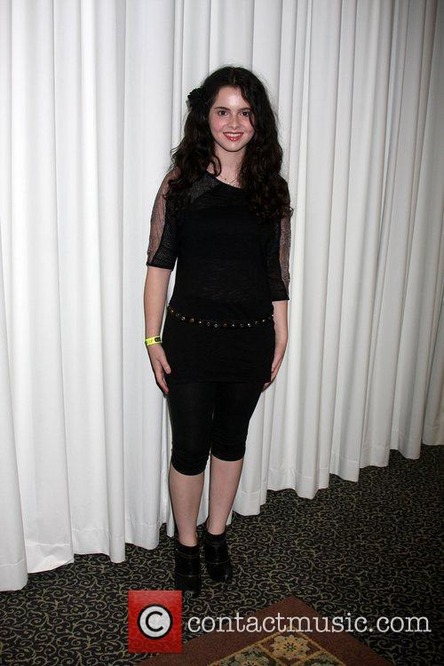 Vanessa Marano The Young & the Restless Fan...