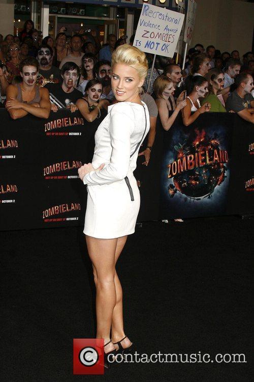 Amber Heard Los Angeles premiere of 'Zombieland' held...