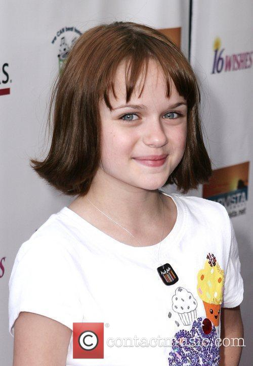 Joey King - Photo Colection