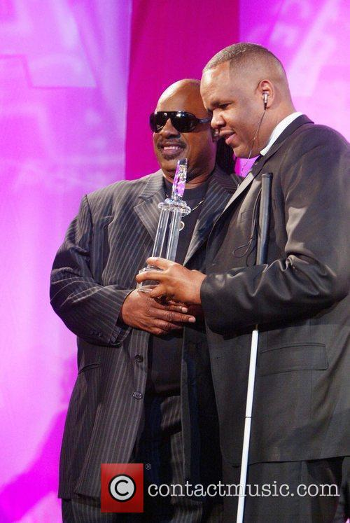 Stevie Wonder and Aapd Image Award Recipient 1