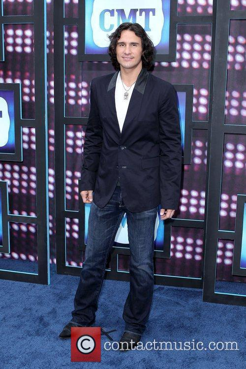 Joe Nichols  2010 CMT Music Awards Blue...