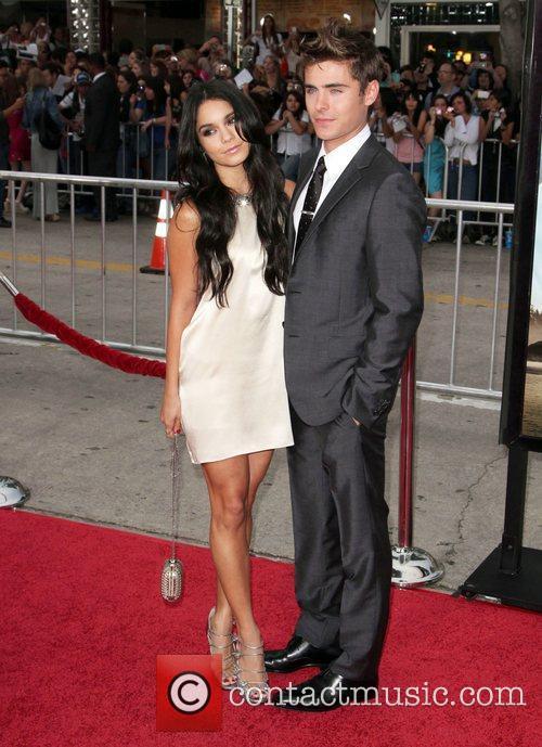 Vanessa Hudgens and Zac Efron 7