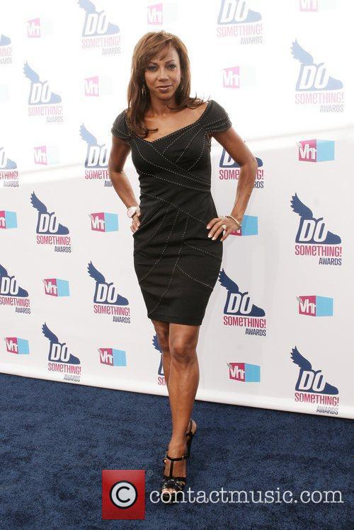 Holly Robinson Peete and Vh1 1