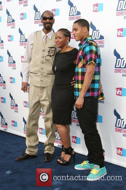 Snoop Dogg, Shante Broadus and Vh1 3