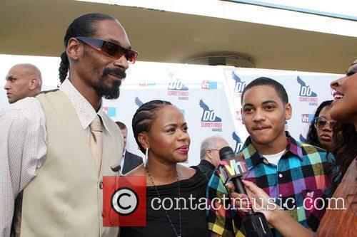 Snoop Dogg, Shante Broadus and Vh1 4