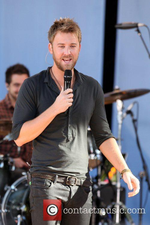 charles kelley shirtless. charles kelley lady antebellum