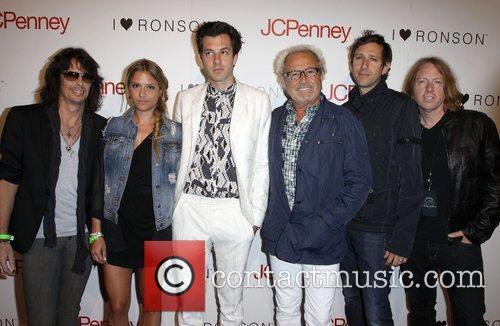 Charlotte Ronson, Mark Ronson and Mick Jones 5
