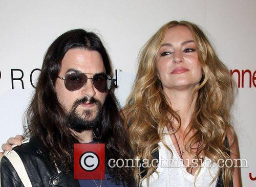 Shooter Jennings and Drea De Matteo 7