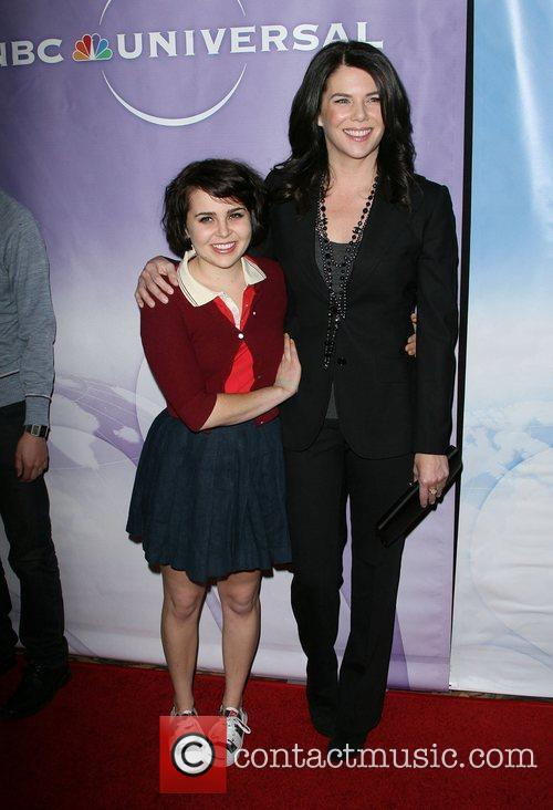 Mae Whitman and Lauren Graham 9