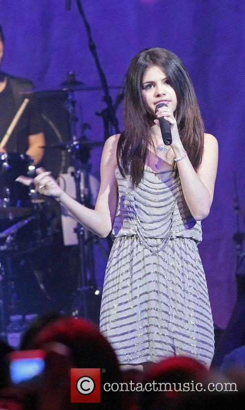 Actress/Singer Selena Gomez, Gomez and Selena Gomez 12