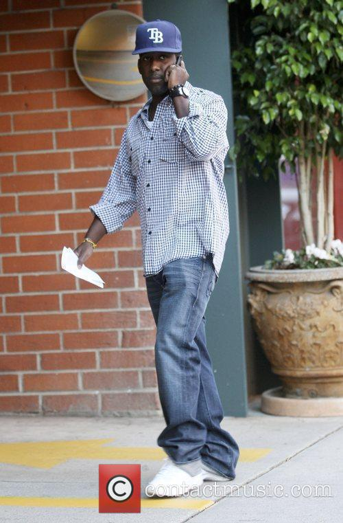 Shawn Stockman Leaving a Medical Building Beverly Hills,...