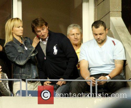 Wayne Gretzky, Janet Jones Gretzky and Jaba...