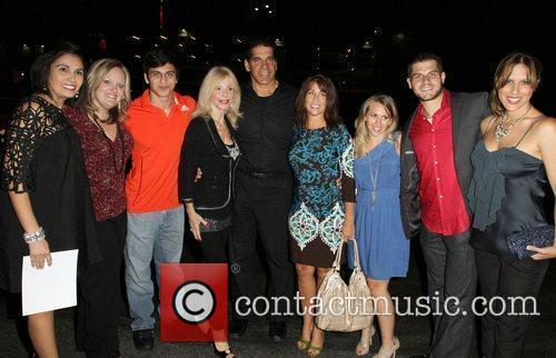 Lou Ferrigno and family with MDA Members WWE...