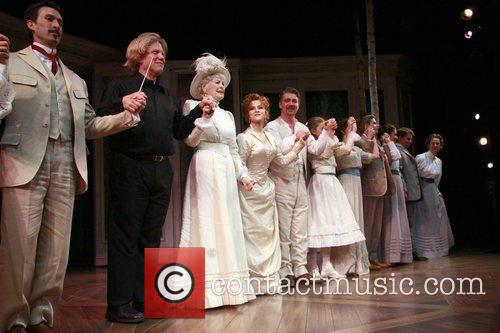 Elaine Stritch, Bernadette Peters and Hanson 5
