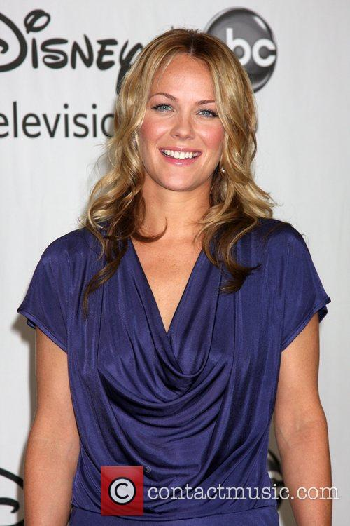 Andrea Anders 8