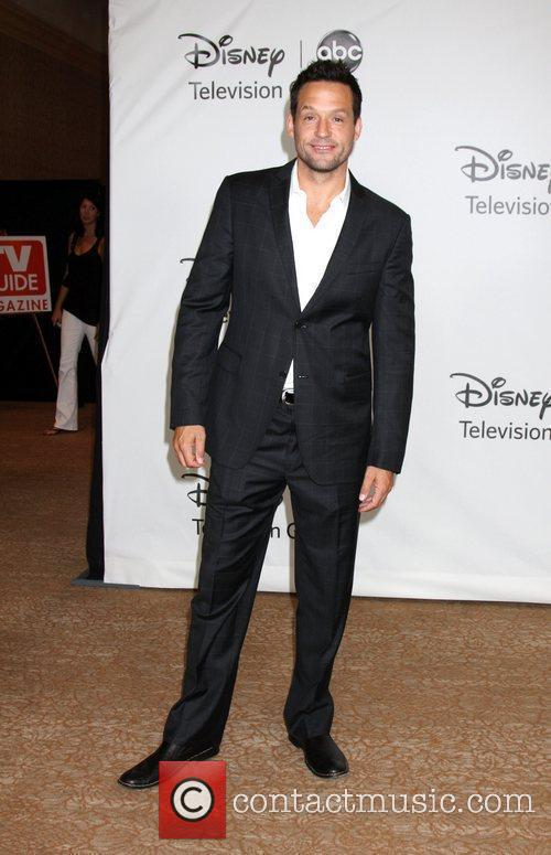 Josh Hopkins, ABC, Beverly Hilton Hotel