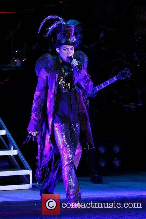 Adam Lambert 38