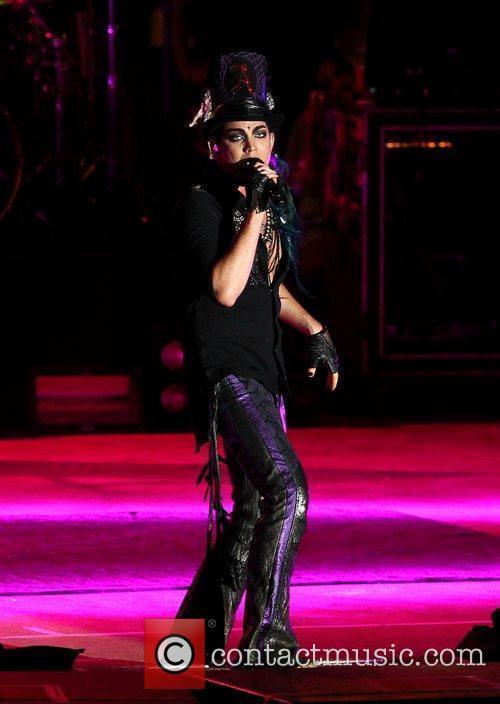 Adam Lambert 43