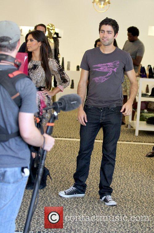 Kim Kardashian and Adrian Grenier 44