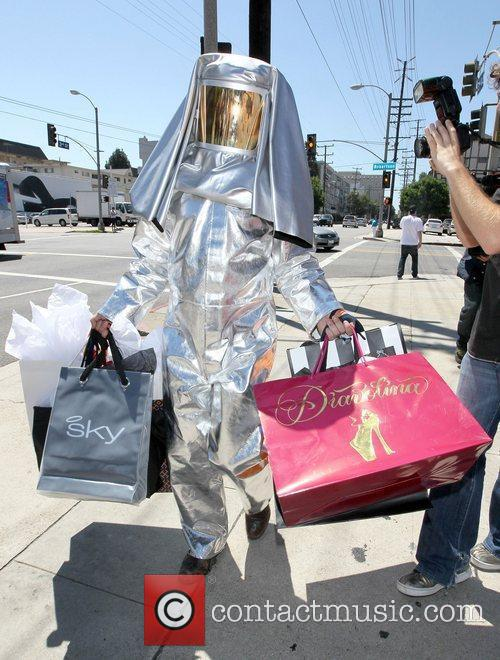 Kim Kardashian and Adrian Grenier 23