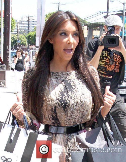 Kim Kardashian and Adrian Grenier 5