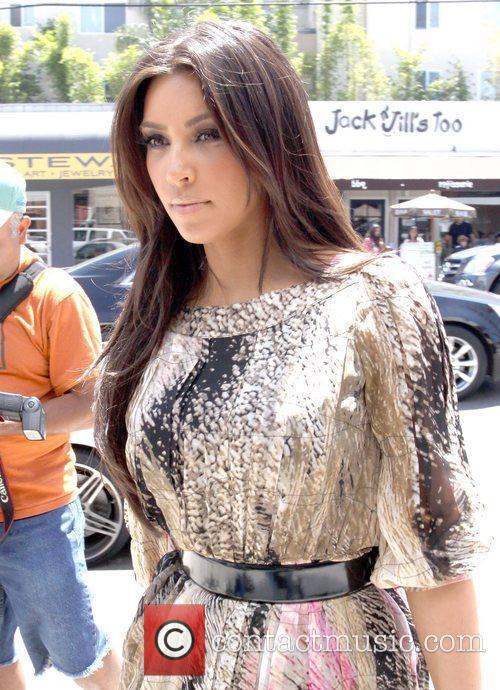 Kim Kardashian and Adrian Grenier 8