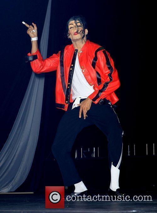Michael Jackson impersonator, Las Vegas and Michael Jackson 19