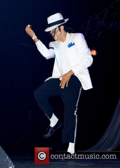 Michael Jackson impersonator, Las Vegas and Michael Jackson 11