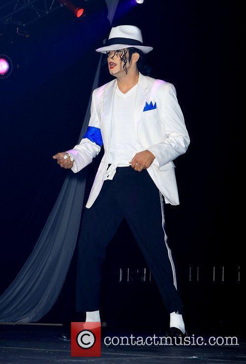 Michael Jackson impersonator, Las Vegas and Michael Jackson 18