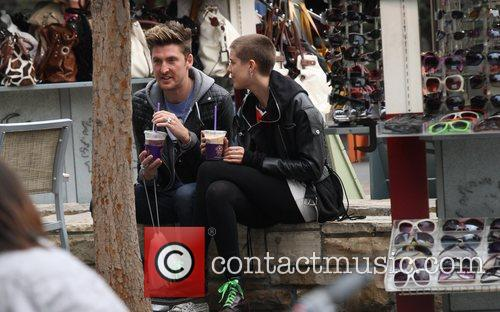 Henry Holland and Agyness Deyn  drinking frozen...