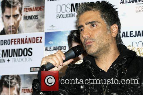 Alejandro Fernandez 11