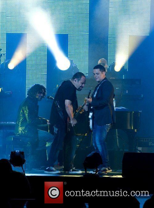 Alejandro Sanz performs at American Airlines Arena