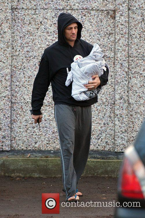 Alex Reid  arrives to a Judo class...