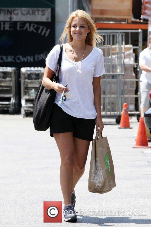 Ali Fedotowsky seen grocery shopping at Whole Foods....
