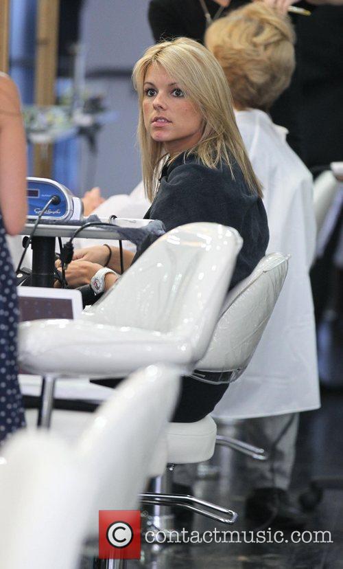 The Bachelorette Star Ali Fedotowsky At Gavert Atelier Salon In Beverly Hills Having Her Hair Cut 4