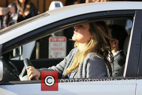 Alicia Silverstone has lunch with a friend at...