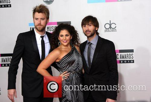 Lady Antebellum, Charles Kelley, Dave Haywood and Hillary Scott 8