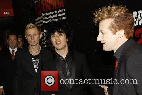 Mike Dirnt and Green Day 3