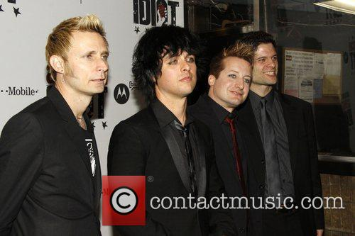 Mike Dirnt, Billie Joe Armstrong and Green Day 3