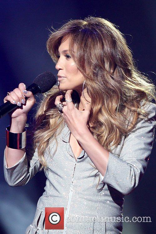 Jennifer Lopez and American Idol 9