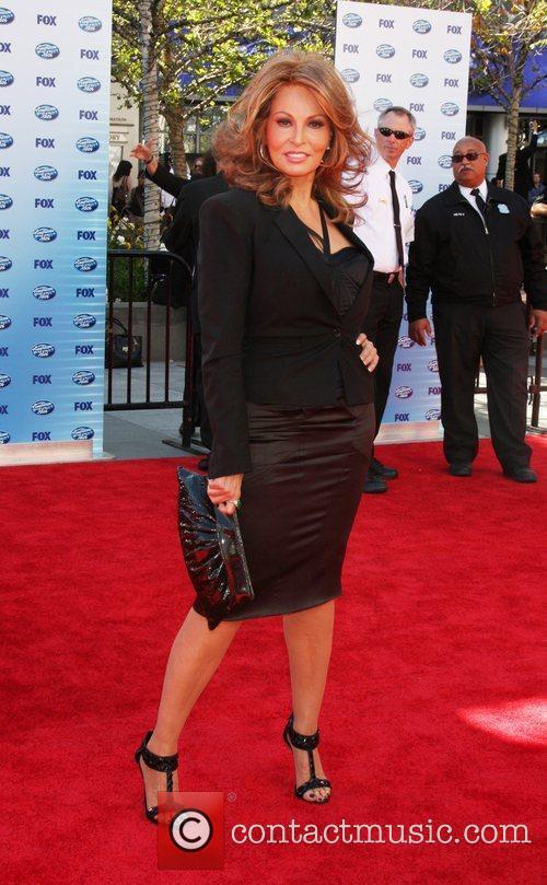 Raquel Welch The American Idol Season 9 Finale...