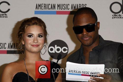 Demi Lovato and Taio Cruz 9