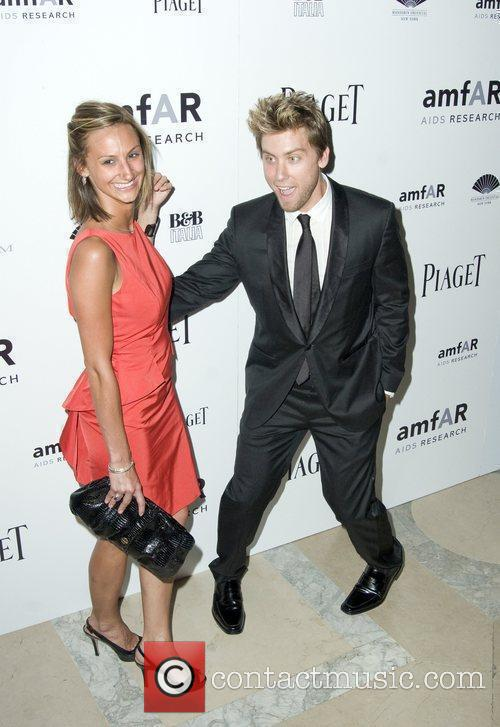 Chelsea Smith and Lance Bass 9