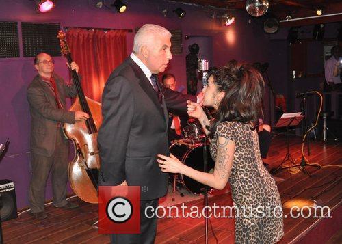 Amy Winehouse and Mitch Winehouse 9