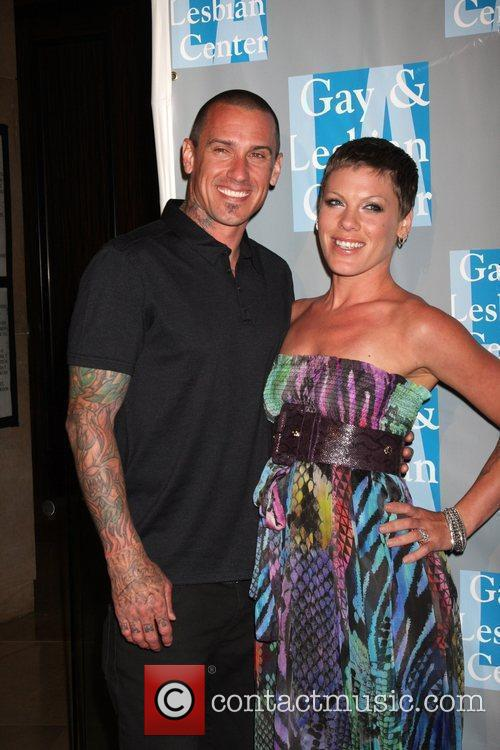 Carey Hart and Alecia Moore, Pink Large Picture