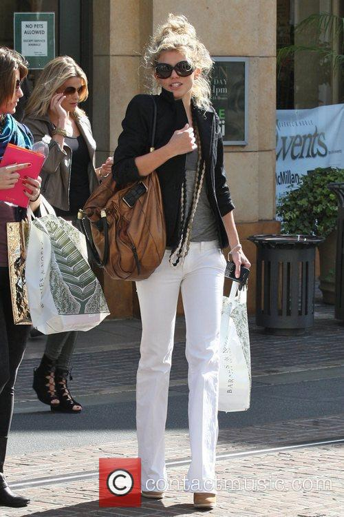 Annalynne Mccord and Her Sister Angel Mccord Go Shopping Together At The Grove. 11