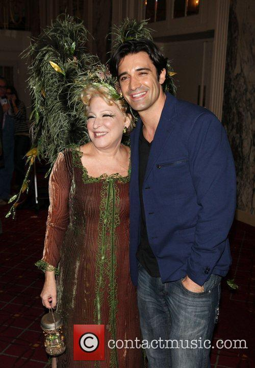 Bette Midler and Gilles Marini 3