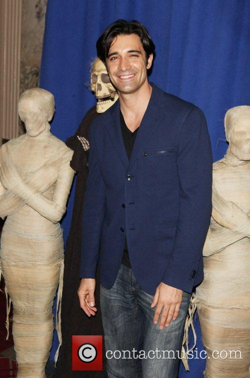 Gilles Marini and Bette Midler 3