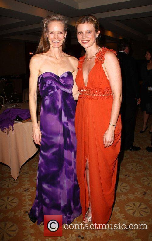 Suzy Amis and Amy Smart 8th Annual VES...